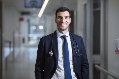 Dr Gareth Gregory